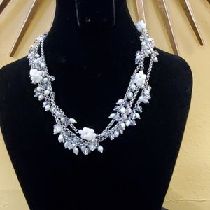 LOFT White Cluster Bead Choker Necklace #601